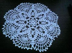 Doily Crocheted doily Home decor Napperon ronde au crochet How To Make Curtains, Family Outfits, Textiles, Crochet Doilies, Decorating Your Home, My Etsy Shop, Sewing, Trending Outfits, Unique Jewelry