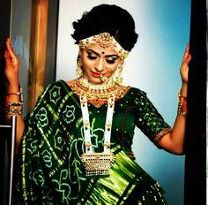 Indian Wedding Fashion, Indian Fashion Dresses, Indian Wedding Outfits, Indian Bridal, Choli Blouse Design, Pattu Saree Blouse Designs, Bridal Blouse Designs, Wedding Lehenga Designs, Designer Bridal Lehenga