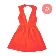 CHRISTMAS GIFT #15 Une jolie robe pour le réveillon #ideecadeau #giftidea #cadeaudenoel #christmasgift #lastminutegift #dress #robe #red #corail #alinaerium
