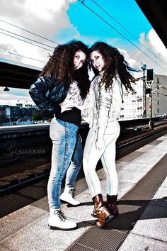 The Art Twins in Art    See more: https://www.facebook.com/BBFotografieBeaBoehm    All rights reserved by BB Fotografie Bea Böhm