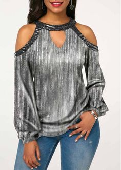 Stylish Tops For Girls, Trendy Tops, Trendy Fashion Tops, Trendy Tops For Women Trendy Tops For Women, Blouses For Women, Look Fashion, Fashion Outfits, Womens Fashion, Mode Chic, Blouse Patterns, Red Blouses, Blouse Styles