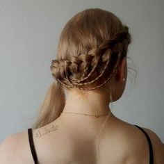 An relaxed braided style I did today for a old class mate of mine. She's…