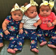 """""""Because of a sister, I'll always have a friend👭😻"""" Cute Black Babies, Beautiful Black Babies, Cute Little Baby, Pretty Baby, Beautiful Children, Little Babies, Baby Love, Cute Babies, Black Twin Babies"""