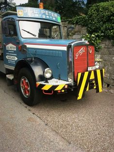 Commercial Vehicle, Old Trucks, Motorhome, Antique Cars, Monster Trucks, Tray, Buses, Austria, Hot Rods