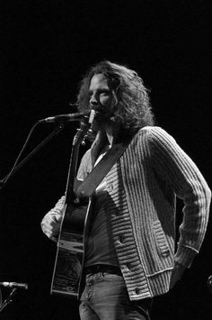 Chris Cornell Medium hair Black and white