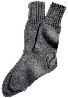 Men's Classic Socks | Free Knitting Patterns