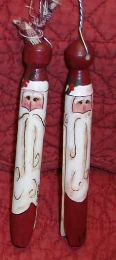 Hand Painted Clothespin Santa Ornament van CaneBottomCrafts op Etsy, $2,50