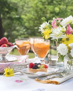 """""""Summer afternoon—summer afternoon; to me those have always been the two most beautiful words in the English language.""""—Henry James #southernladymag #sundayreflections #inspiringwords #pastry #fruittart #flowers #floralinspo #summerquotes #summerafternoon #henryjames Most Beautiful Words, Southern Ladies, Summer Quotes, Fruit Tart, Brunch Wedding, Picnic, Favorite Recipes, Photo And Video, Lady"""
