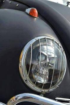 Interesting headlight mod for an early VW Bug
