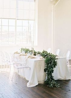 90 Breathtaking Green And Flower Wedding Table Runners | HappyWedd.com