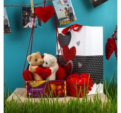 Couple Teddies Hanging Sofa with Vochelle Fruit and Nut Love Heart Combo