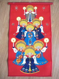 Scandinavian Christmas wall hanging via Etsy