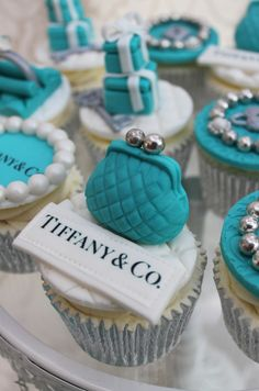 Beautiful Cake Pictures: Tiffany Blue Change Purse Cupcake: Birthday Cupcake, Cupcakes, Themed Cupcakes once day for your bridal shower ; Tiffany E Co, Tiffany Theme, Tiffany Party, Azul Tiffany, Tiffany Wedding, Purse Cupcakes, Themed Cupcakes, Birthday Cupcakes, Pearl Cupcakes