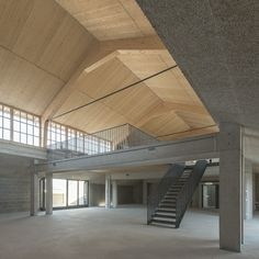 Umbau einer Panzerhalle in Salzburg / Innere Landschaft - Architektur und Architekten - News / Meldungen / Nachrichten - BauNetz.de