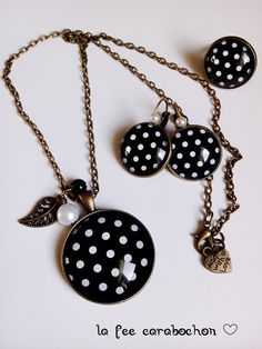 parure complète, collier+boucles d'oreilles+bague, *mes petits pois !* noir blanc japon retro, cabochon verre : Parure par la-fee-carabochon