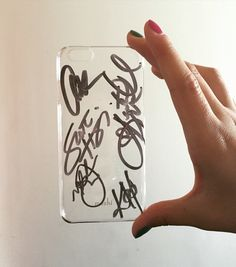 Pentatonix signed plastic iPhone 6 case. Signed with Sharpie at Pentatonix's world tour show in Vienna 2016. 06. 12. Thank you so much guys! @ktmofficial ❤️