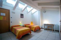 27 camere: singole, doppie e multiple fino a sei posti letto. L'ideale per ospitare gruppi e comitive