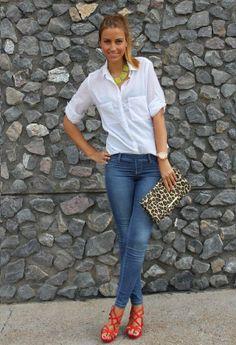 Los jeans nunca pasan de moda y se pueden combinar con todo camisas, blusas, jerseys... #elplanetadelasmarcas.es #welovefashion #wow #jeans