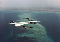 Concorde flying over Djibouti (circa 1988-89), escorted by French fighter jets F. Mitterrand was on board. Via Reddit.