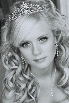 wedding hair, tiara & jewelry...haha this is adorable not to mention looks just like skylar too funny!