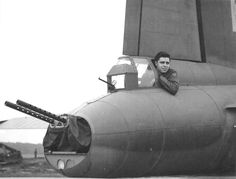 Boeing Flying Fortress ~ tail-gunner SSgt James F Jones, Bomb Squadron, Bomb Group, UK, September ~ BFD Ww2 Aircraft, Military Aircraft, Military Jets, Fighter Pilot, Fighter Jets, Photo Avion, Ww2 Planes, Nose Art, Battleship