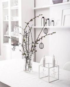 Easter Sunday calmness with the Kubus 4 in white. Photo credit: @kasia_wach  . #bylassen #easter #bylasseneaster #easterdecorations #påske #bylassenkubus #kubus #kubus4 #candles #candleholder #candlelight #lysestage #interior #interiør #functionalism #design #interiordesign #scandinaviandesign #danishdesign #nordicdesign #designclassic #apartmenttherapy #nothingisordinary #petitejoys