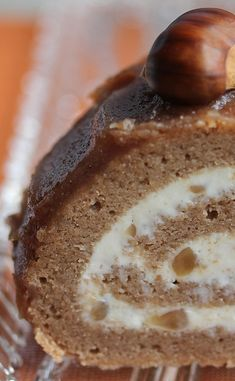Christmas log with chestnuts - recette - noel Mexican Dessert Recipes, Quick Dessert Recipes, Easy No Bake Desserts, Easy Cake Recipes, Easy No Bake Cheesecake, Baked Cheesecake Recipe, Pumpkin Cheesecake, Classic Cheesecake, Magdalena