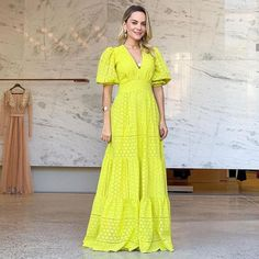 Casual Maternity Outfits, Dress Outfits, Casual Dresses, Fashion Now, Fashion Outfits, Ankara Maxi Dress, Haute Couture Dresses, Frock Design, Designs For Dresses