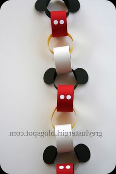 (^o^) Kiddo (^o^) Crafts - Disney Countdown Chain Tutorial with Mickey Ears Template Disney Countdown, Countdown Calendar, Trip Countdown, Kids Crafts, Crafts For Kids To Make, Disney Crafts For Kids, Preschool Crafts, Mickey Party, Mickey Mouse Birthday