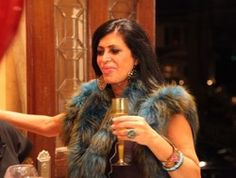 You know Big Ang, the multi-pack-a-day-smoker-voiced woman on Mob Wives? Yeah, well she's a grapefriend! She runs a Staten Island bar called The Drunken Monkey, and also recently told Food and Wine...