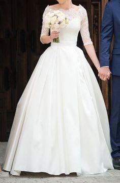 Znalezione obrazy dla zapytania sukna ślubna mikado One Shoulder Wedding Dress, Weddings, Wedding Dresses, Fashion, Bride Dresses, Moda, Bridal Gowns, Fashion Styles, Wedding