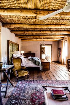 Hit Route 62 to find South Africa's alternative to the Garden Route - and the closest safari to Cape Town African Interior, African Home Decor, Romantic Hotel Rooms, South African Homes, Bamboo Ceiling, Cape Dutch, Mountain Cottage, British Colonial Style, Shabby