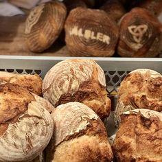 Secale - Roggenmischbrot - Bread Bull by Holger Türk Bread, Food, Grains, Play Dough, Food Food, Bakken, Brot, Essen, Baking