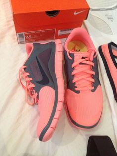 Adorable Nike pink sport shoes