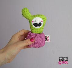 Cruelly Cool: Pozdro od demonicznego sukulenta Damiana!!!!/Greet...