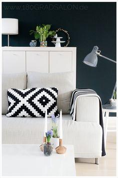 Livingroom black and white