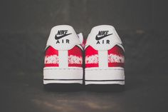 NIKE AIR FORCE 1 (INDEPENDENCE DAY) | Sneaker Freaker