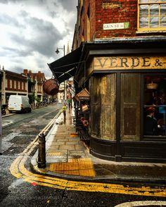 Gun Street London by raynatharaniactress