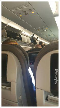 Airplane Photography, Boy Photography Poses, Airplane Window, Poses Photo, Snapchat Picture, Fake Girls, Fake Photo, Insta Photo Ideas, Instagram Story Ideas