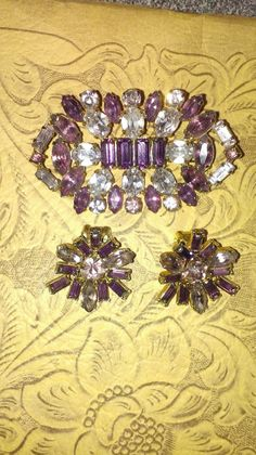 Vintage Jewels by Carrie on Etsy Half Price, Vintage Jewellery, Carrie, Pink White, Brooch, Jewels, Purple, Antiques, Pretty