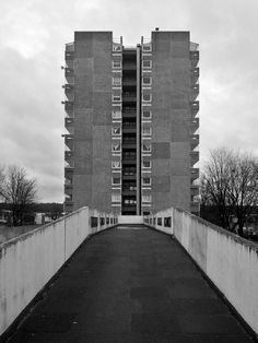 Thamesmead 6, Area 1, London,Department of Architecture & Civic Design, Greater London Council, 1967-1974 Photo: Simon Phipps
