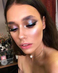 Ideas Eye Makeup Blue Eyeliner Make Up For 2019 Makeup Goals, Makeup Inspo, Makeup Art, Makeup Inspiration, Makeup Ideas, Inspiration Quotes, Motivation Inspiration, Makeup For Photos, Beauty Photos
