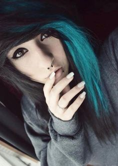 Black and Teal. ♥♥