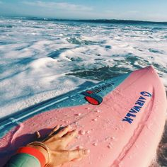 Surf :: Ride the Waves :: Free Spirit :: Gypsy Soul :: Eco Warrior :: Surf Girls :: Seek Adventure :: Summer Vibes :: Surfboard Design + Style :: Free your Wild :: Surfing Inspiration Summer Vibes, Summer Feeling, Summer Surf, Vans Surf, Beach Bodys, Photo Polaroid, Shotting Photo, Surf House, Beach Aesthetic