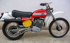 Ktm 250 Gs Enduro Motocross, Enduro Motorcycle, Motocross Racing, Motorcycle Clubs, Vintage Bikes, Vintage Motorcycles, Cars And Motorcycles, Ktm 250, Dirtbikes