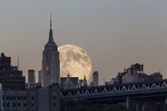 'Supermoon' 2014 Photos And Tweets (VIDEO, LIVE UPDATES)