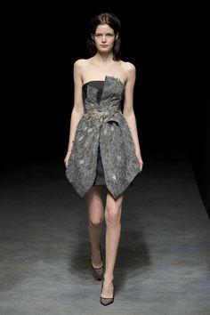 Défilé Yiqing Yin haute couture printemps-été 2014  #mode #couture