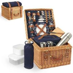 English Style Willow Premium Picnic Basket Gift for 2 Wine Glass Mug Blanket