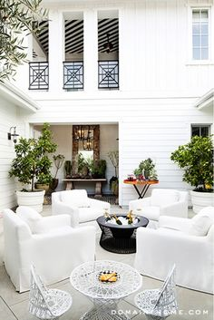 Lovely courtyard!
