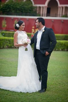 Sleeveless lace. Rebecca Marx. Photography: Life Wonders Photography - Dorota Jamal - lifewondersphotography.com/  Read More: http://www.stylemepretty.com/destination-weddings/2013/12/04/mexican-hacienda-wedding-inspiration-from-life-wonders-photography/